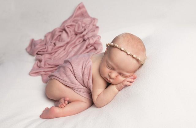 Newborn Photographer Milton Keynes baby girl in pink