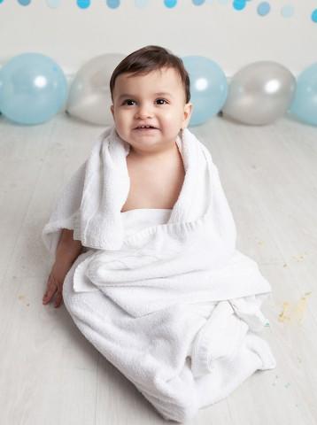 First birthday cake smash Milton Keynes baby boy