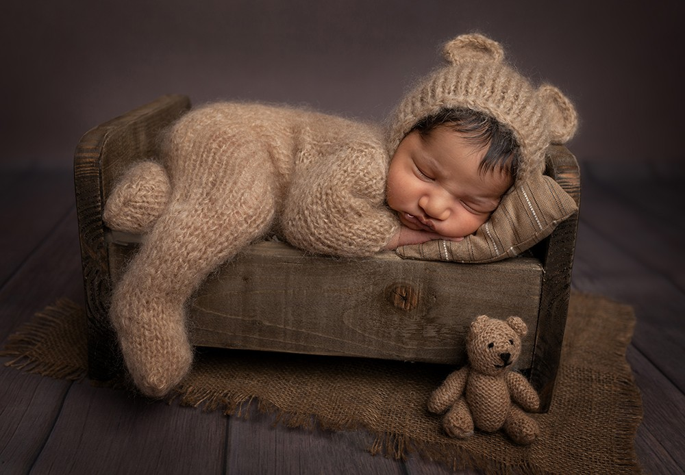 Newborn baby photographer near Milton Keynes