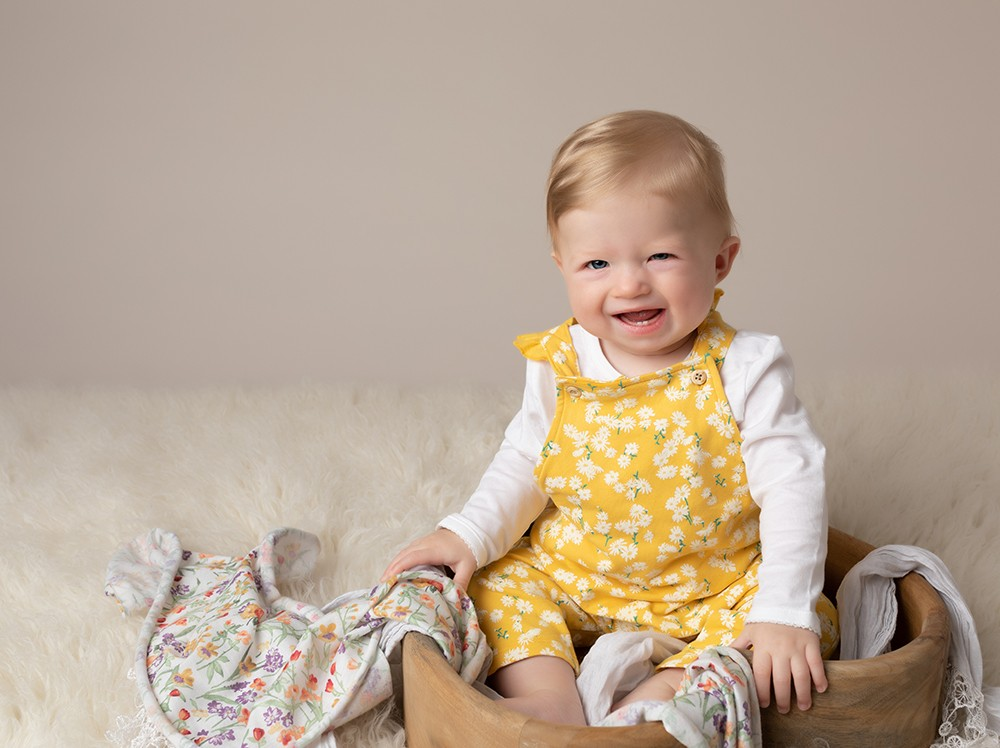 Baby Photographer Bedford 6 month baby girl in yellow