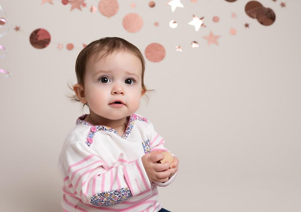 Cake Smash Milton Keynes baby girl at first birthday photoshoot near Northampton