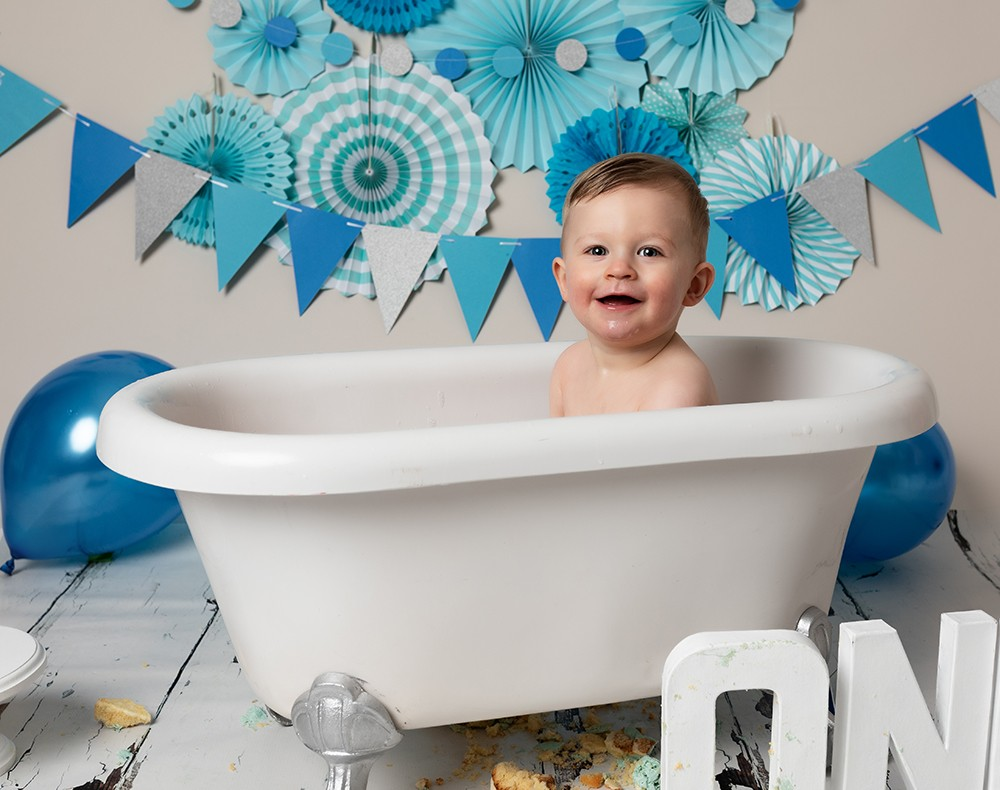 Cake Smash Milton Keynes baby boy first birthday in bath after cake smash photoshoot